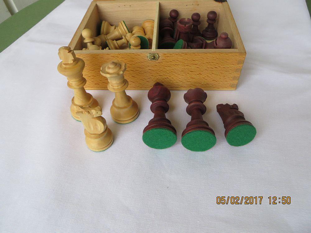 schachspiel vintage holz figuren aus buchsbaum germany. Black Bedroom Furniture Sets. Home Design Ideas